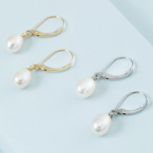 14K solid gold pearl earrings from KTCollection