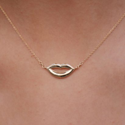 Lips 14K Solid Gold necklace by KTCollection NYC Jewelry