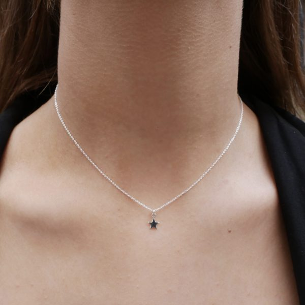 Silver single star pendant necklace by KTCollection NYC handmade jewelry