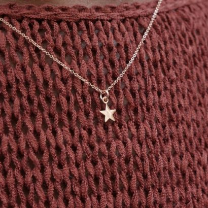 Rose gold single star pendant necklace by KTCollection NYC handmade jewelry