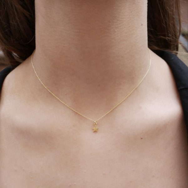 Gold single star pendant necklace by KTCollection NYC handmade jewelry